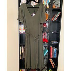Ava & Viv Belted V Neck Olive T-Shirt Dress NWT